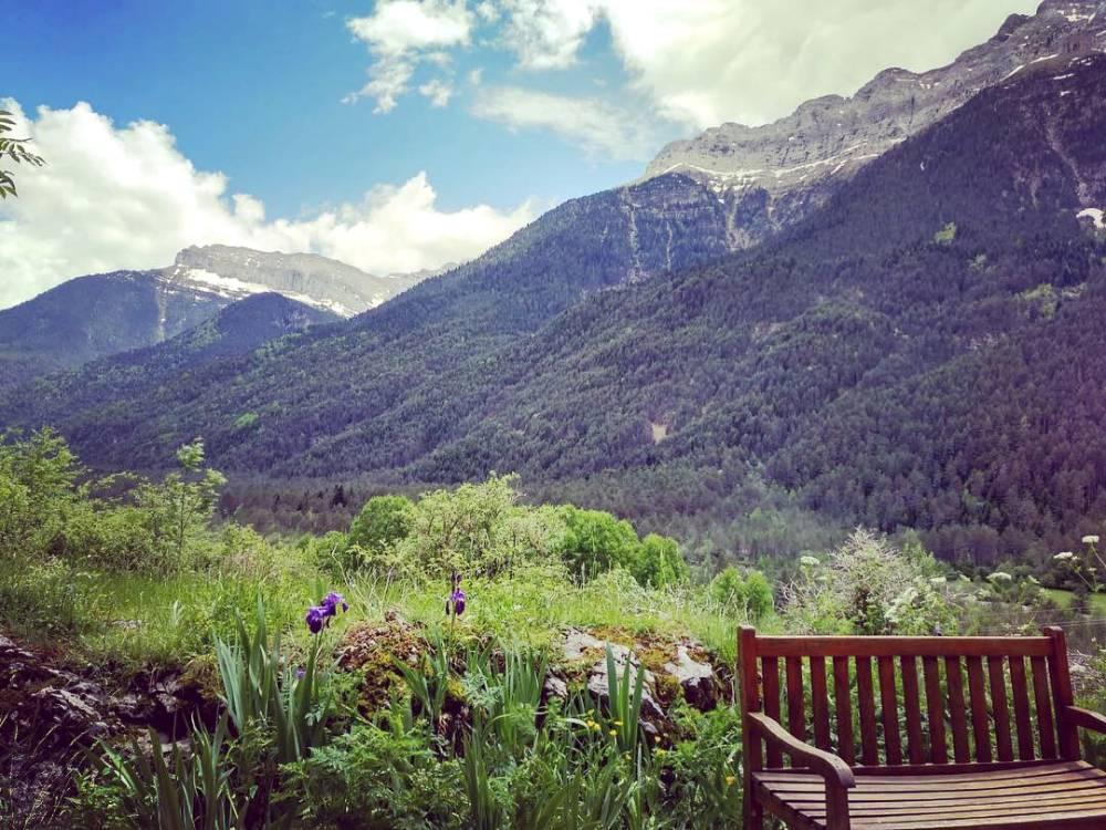 vista del vale en bielsa